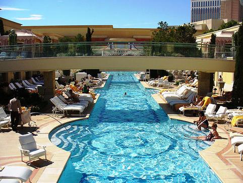 10 de las piscinas más lujosas del mundo8
